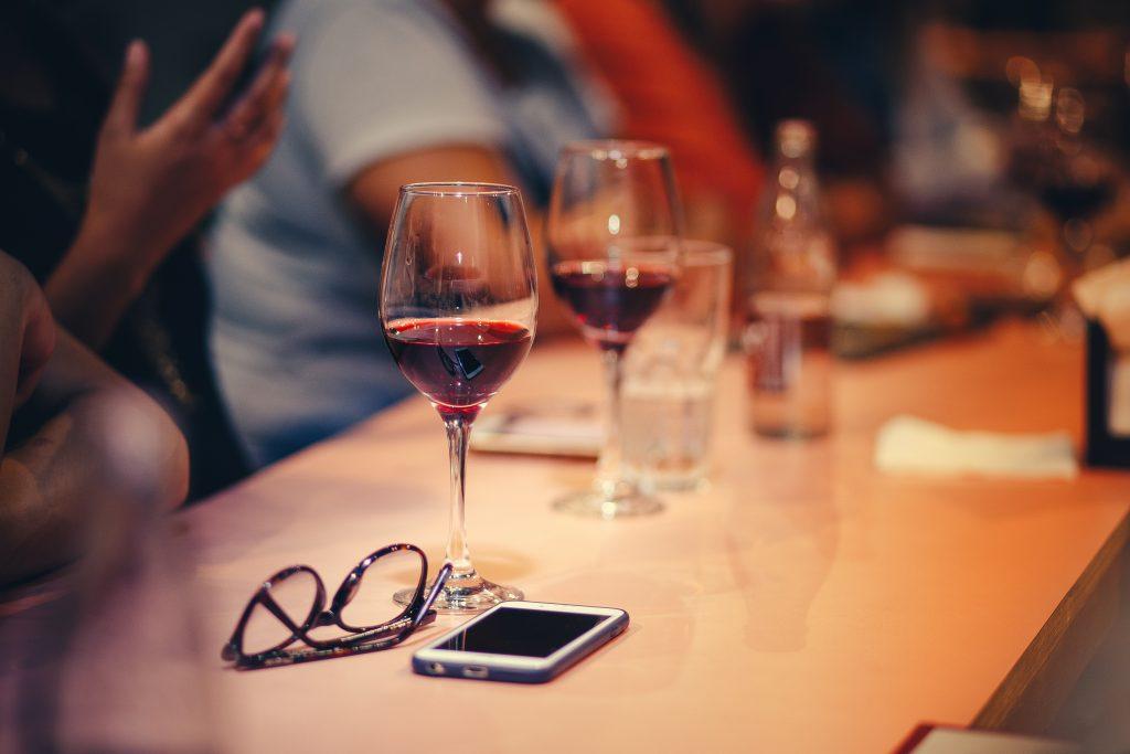 Cours de dégustation de vin en Entreprise